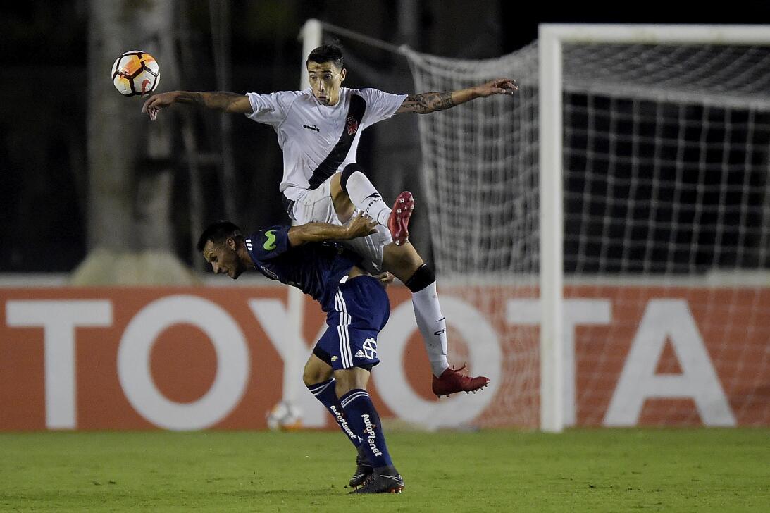 Lesiones escalofriantes en el fútbol mundial gettyimages-931659728.jpg