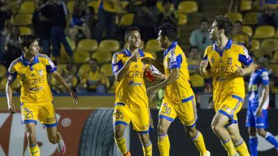Tigres vence con apuros al Isidro Metapán.