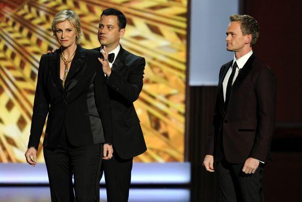 Jane Lynch, Jimmy Fallon, Conan O'Brien y Jimmy Kimmel, quienes condujer...