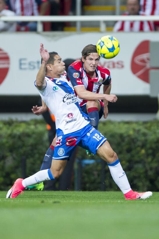 Chivas viene de atrás para ganar un partido de locura Oscar Rojas de Pue...
