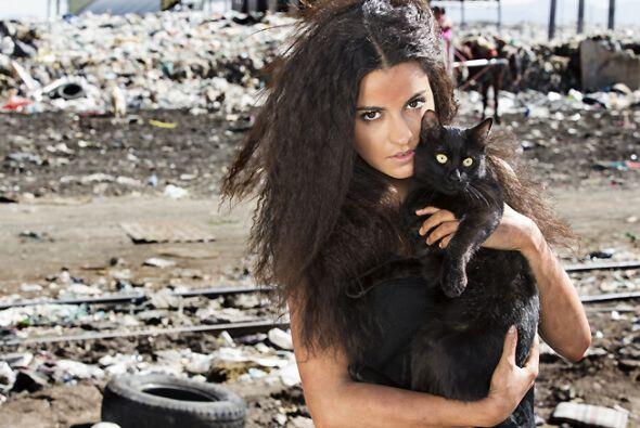 """En 2014 un estelar más vendría para esta bella actriz en """"La Gata""""."""