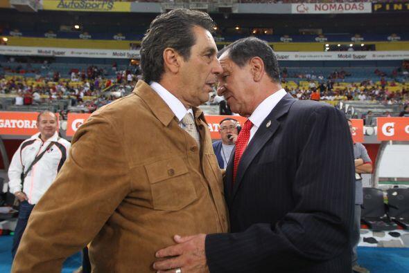 Noviembre de 2011, sobre Enrique Meza: ''Fuimos ex compañeros en...
