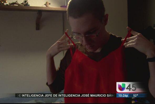 Estudiante podrá ir a su baile de graduación vestido de mujer
