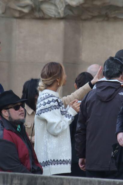 Beyoncé estaba encantada escuchando los detalles de la ciudad. Más video...
