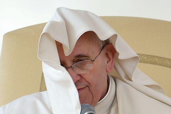 El Papa parece tomar la vida siempre con humor.