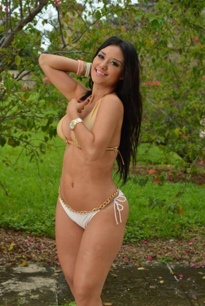 Ella es Gina Rivera y será toda una aventura para ella conquistarte el c...