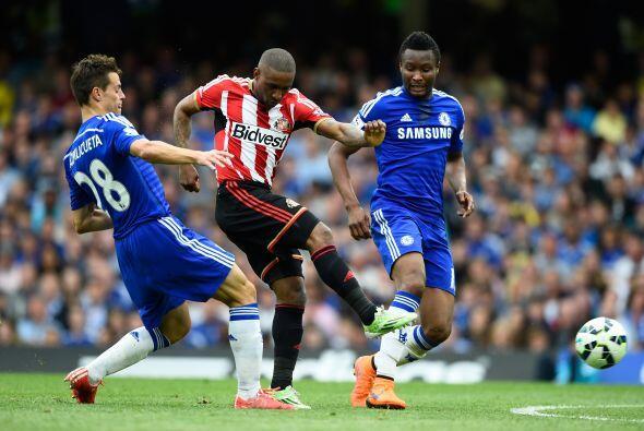 La visita lograría abrir el marcador con un gol de Fletcher al minuto 26.