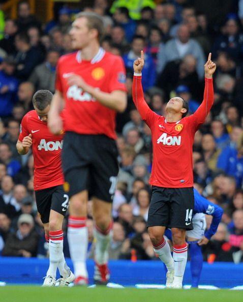El único gol del encuentro lo marcó Javier Hernández a los 18' del prime...