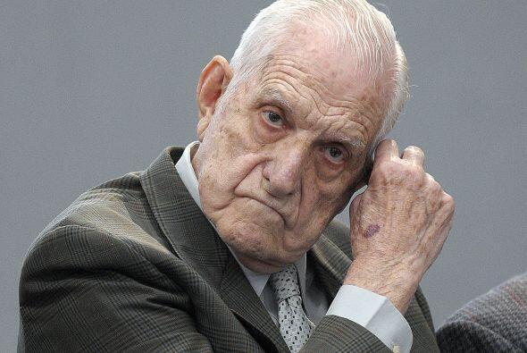 Agosto 23- Se inicia en Buenos Aires el juicio contra el último d...