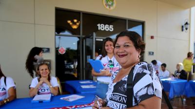 Diana Pérez, nueva votante de origen puertorriqueño