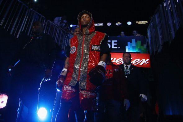 Judah llegó sobrio al ring, seguro de llevarse el triunfo.