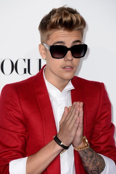 Justin Bieber, está a la cabeza de la lista, ¿por qué será?  Mira aquí l...