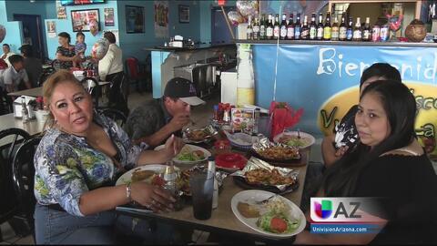 Mexicanas celebran dos días de la madre