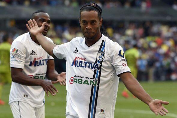 El astro brasileño busca mantener su récord de conseguir al menos un tít...