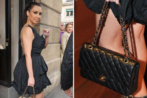 Firmas como Chanel también abundan en su caro guardarropa. Aunque cuando...