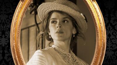 Irene Azuela es Isabel Alarcón