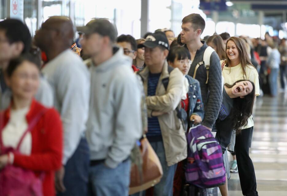 Largas filas en aeropuerto O´Hare