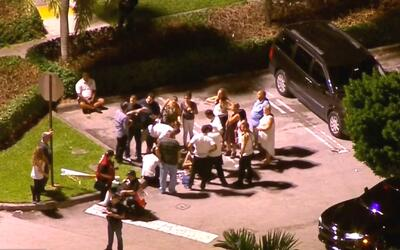 Autoridades investigan presunta falsa alarma de tiroteo en Dolphin Mall,...
