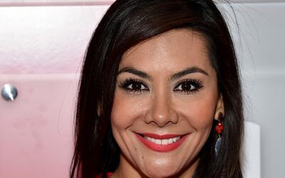 Consulado de Colombia otorga reconocimiento a la periodista Adriana Varg...