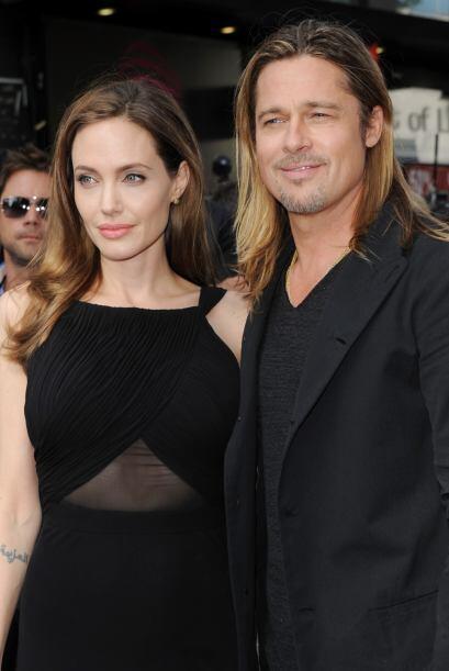 Antes de su amorcito Brad, Jolie se la pasaba presumiendo tatuajes, carg...