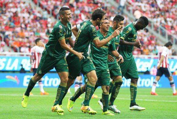 Lo mejor:  Santos: El equipo  de Torreón fue ampliamente superior a Chiv...