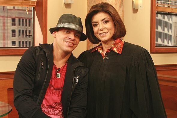 La jueza estaba muy contenta de tener a Vico C como invitado.