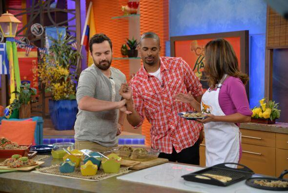 Damon Wayans Jr y Jake Johnson a Despierta
