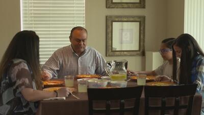 Comer en familia, un gesto sencillo con grandes beneficios para la educación de los hijos