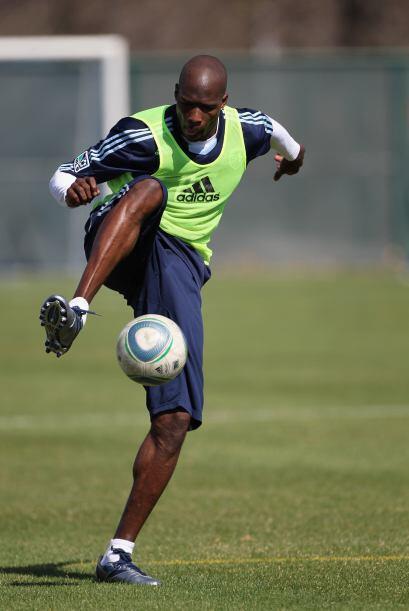 ¿Pero es Maradona, Pelé, Ronaldinho? No señores, es Chad Ochocinco domin...