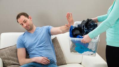 Cómo repartir las tareas del hogar con tu pareja