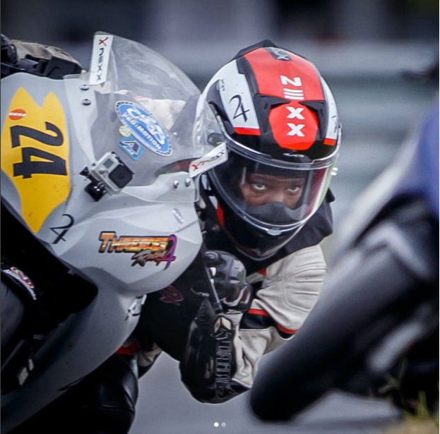 Muere doble de escenas peligrosas en accidente de motocicleta en el set...