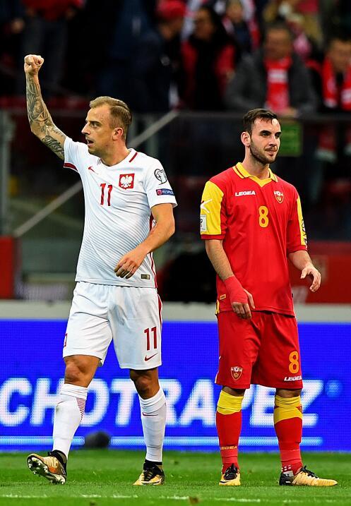Polonia empató con Uruguay en amistoso gettyimages-859019734.jpg