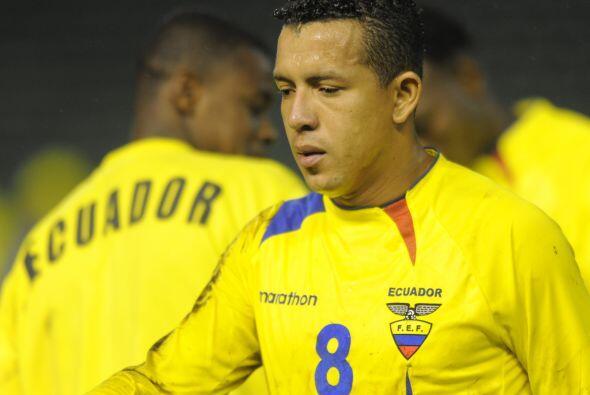 Flavio Caicedo se retira del campo de juego al final del partido. Ahora...