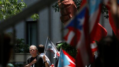En fotos: Así recorrió Óscar López Rivera la Quinta Avenida en el Desfile Puertorriqueño