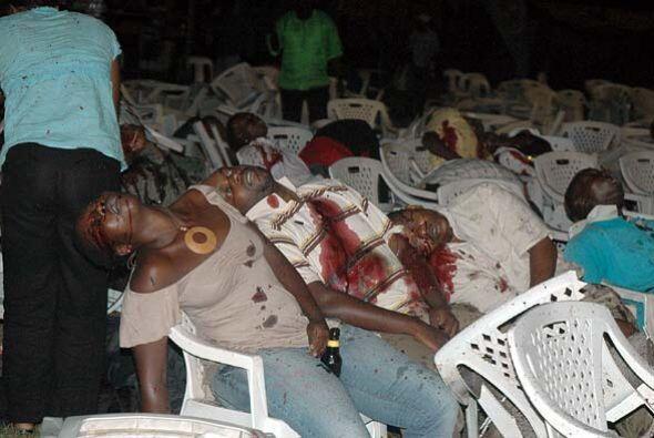 Ataques con bombas en dos restaurantes de Kampala, la capital de Uganda,...