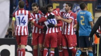 Los goles de Raúl García y Diego Costa mataron a unos 'Dragones' a los q...