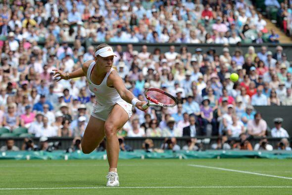 Kerber, número ocho en el ránking mundial de la WTA, fue l...