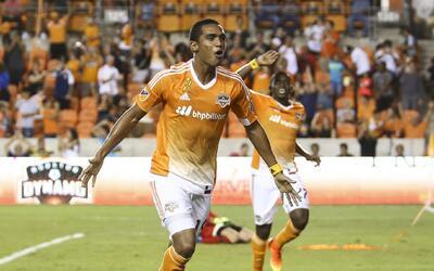 Mauro Manotas firmó una actuación sobresaliente frente a P...
