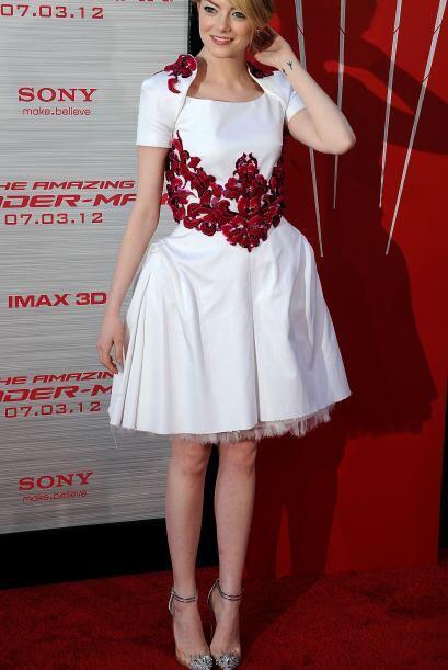 Si el modelo anterior los cautivó, el que lució Emma Stone simplemente l...