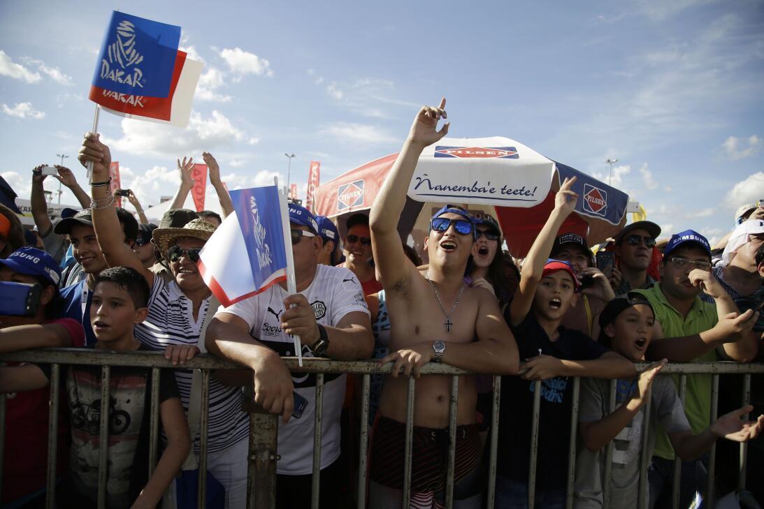 Así fue el comienzo del Rally Dakar en Paraguay AP_17002025119815.jpg