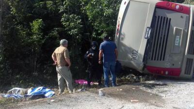 Resultado de imagen para Mueren 12 turistas de cruceros de Royal Caribbean en accidente de autobús en la riviera maya