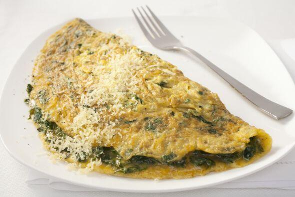 Una tortilla francesa con espinacas, es rica, sana y muy nutritiva.    C...
