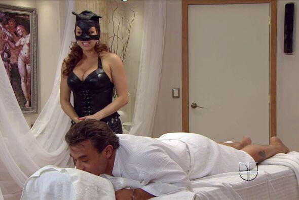 Entre las muchas sorpresas del elenco está Alicia Machado, deliciosa com...
