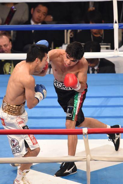 Parecía que la pelea se iba a decantar fácilmente por el lado del japonés.