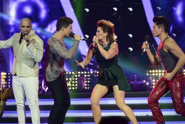 """Cantaron """"La plaga"""", junto a Danny Montejo y Fernando Corona."""