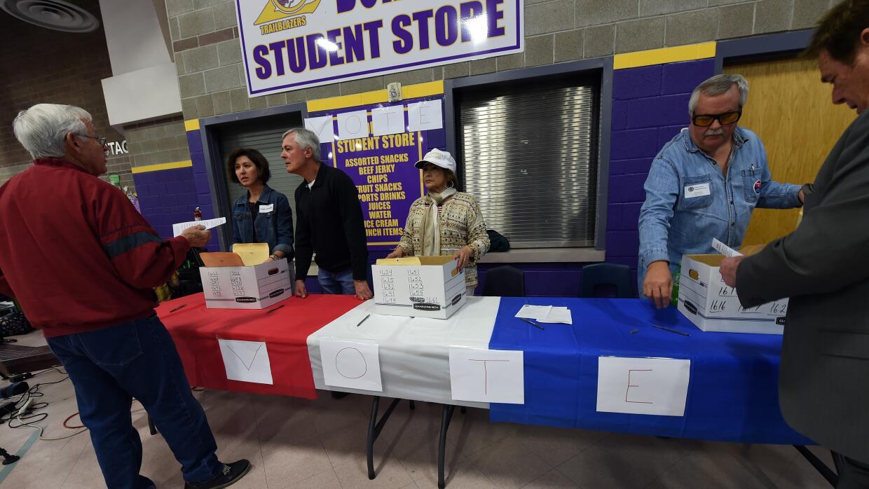 Sondeo a pie de urna: 8% de electores del caucus republicano de Nevada f...
