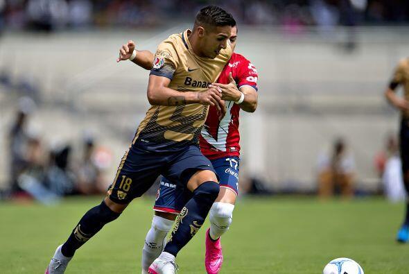 Otro referente en el ataque universitario es el argentino, Ismael Sosas,...
