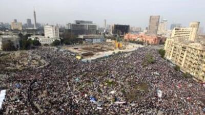 De lograr su objetivo el movimiento de protesta, Mubarak sería el segund...