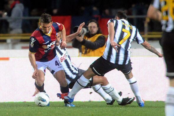 La Juventus perdió una gran chance de alcanzar al líder Milan, luego de...