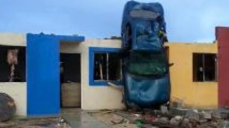 Un tornado dejó al menos 11 muertos en Ciudad Acuña, ciudad mexicana cer...
